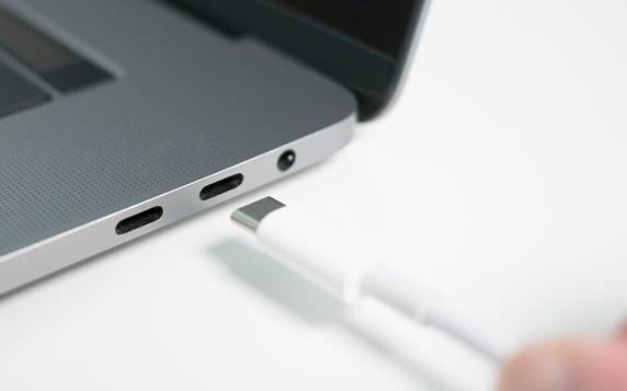 سازگاری USB 4.0 با دستگاه های Thunderbolt 3.0